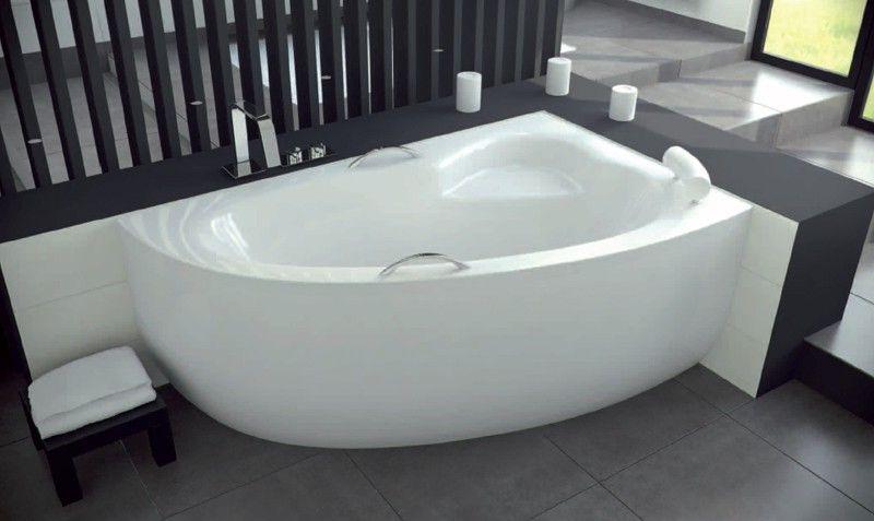 Акрилова ванна Besco
